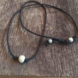 Pearl/Faux Pearl Necklace